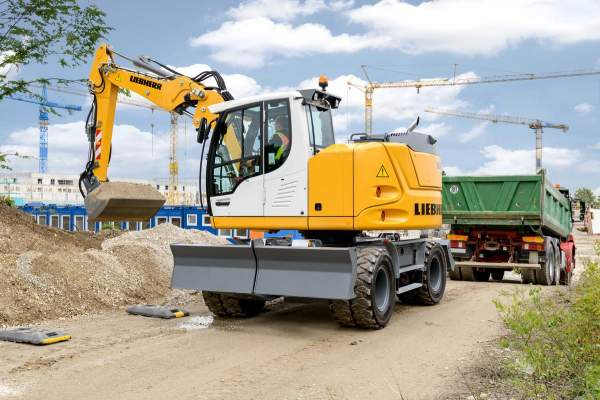 Liebherr Mobilbagger A 912 Compact